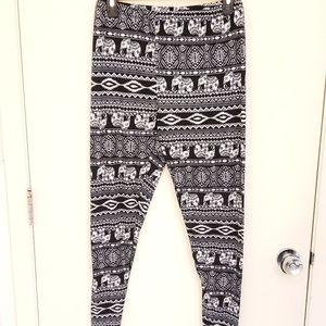 Soft tribal elephant leggings stretchy XL